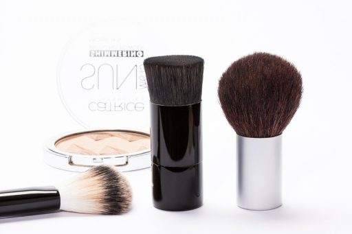 UVカット効果のある化粧下地・ファンデーション