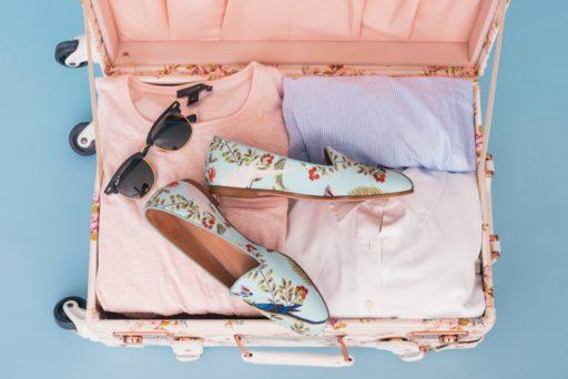 2019年春のトレンド「ペールトーン」のファッションアイテム